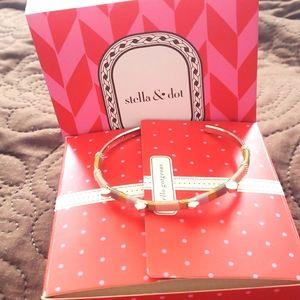 stella& dot bracelet